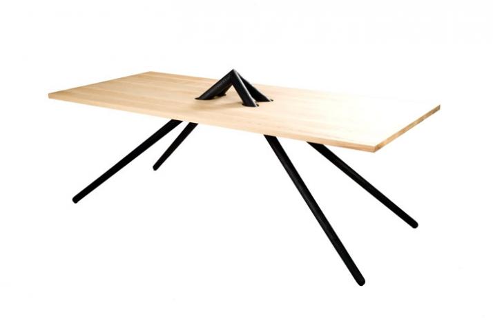 Designer oliver tilbury at yatzer yatzer for Single leg dining table