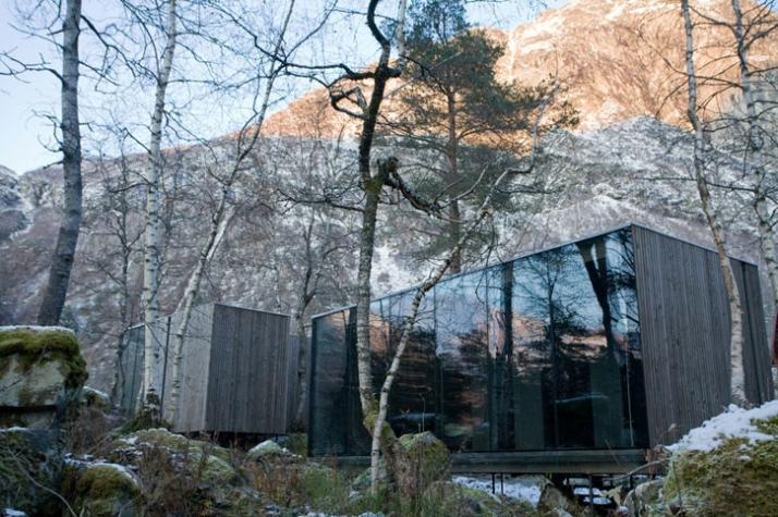 Landscape architect: Jensen & Skodvin Static consultant: Siv. Ing. Finn  Erik Nilsen Year Planned: 2004 - 2007. Year Built: 2007 - 2008 - Juvet Landscape Hotel By JSA Architects Yatzer