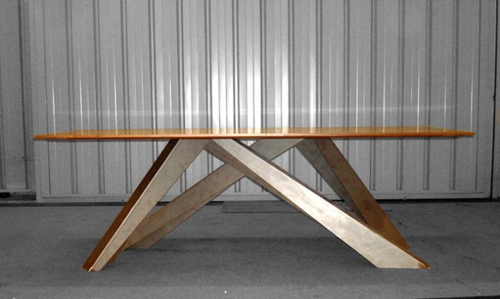 The big table by alain gilles yatzer for Table za stolove