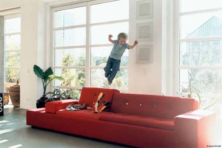 Polder sofa, Hella Jongerius, 2005 / photo © Vitra