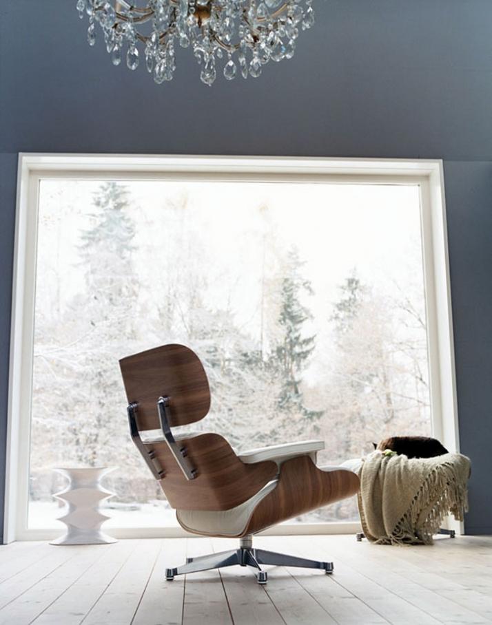 Lounge Chair & Ottoman, Charles & Ray Eames, 1956 /photo © Vitra