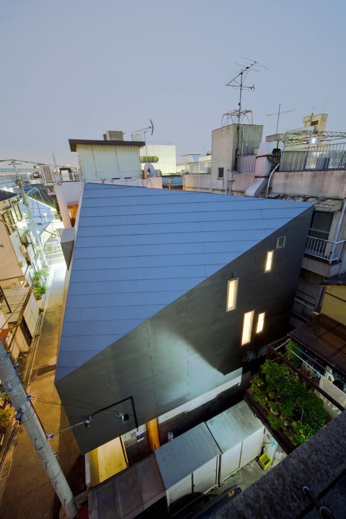 photo © Toshihiro Sobajima