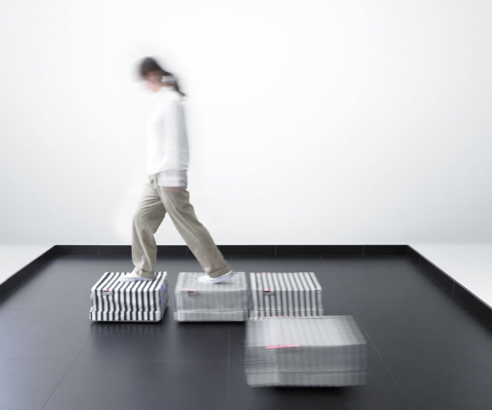 ROBOT TILE by Hiroo Iwata