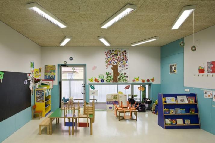 Sansaburu Kindergarten And Parking By Vaumm Yatzer