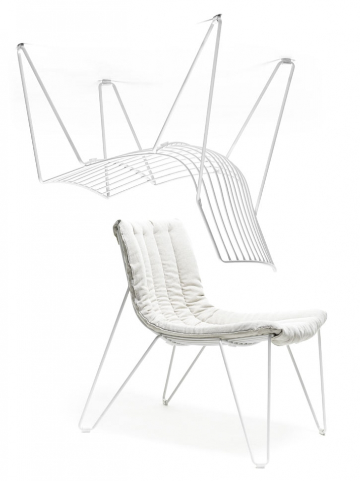 TIO easychair with cushion (white)