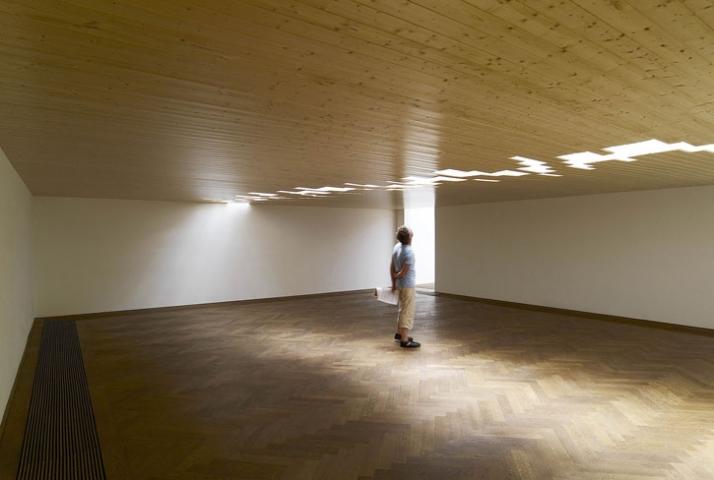 Knut Henrik Henriksen 2007, installation view, mixed media, Kunsthalle Basel, 2007  Courtesy: Hollybush Gardens, London; Sommer & Kohl, B