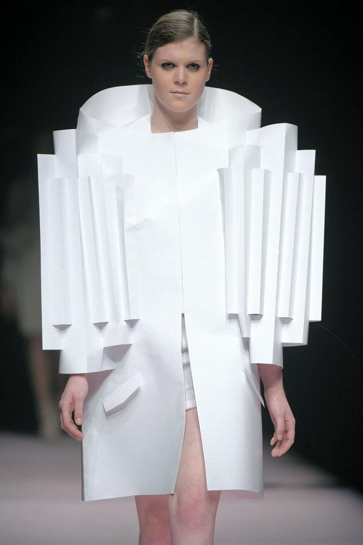 fashion designer : Alexandra Verschueren photo © Etienne Tordoir