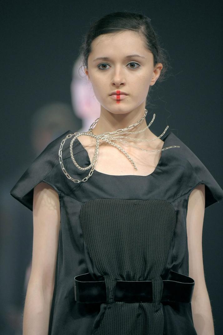 fashion designer: Stefanie Boesl photo © Etienne Tordoir