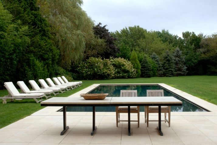 Brown saide hamptons residence by benjamin noriega ortiz for Pool design hamptons