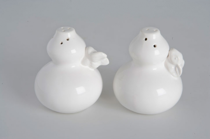 Bizarre collection - Ceramic salt and pepper shaker with rabbit photo by Sam Baron/Fabrica for Sisley