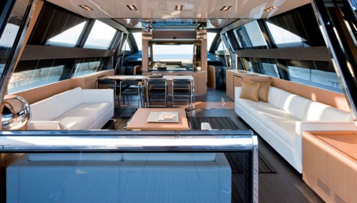Interior photo: Alberto Cocchi Courtesy of RIVA yacht