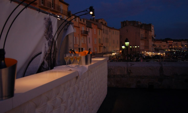 The Veuve Clicquot bar on the terrace of Mole Jean Reveillé in St.Tropez Image courtesy of Yatzer.com