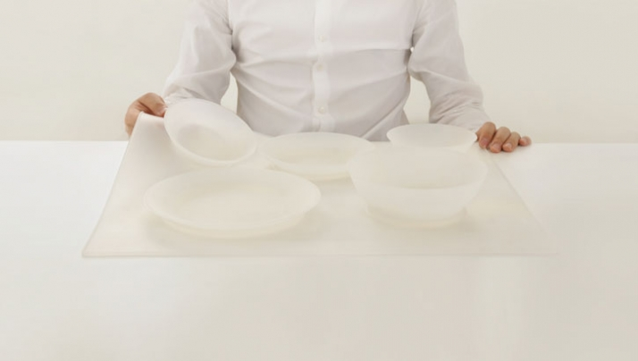 dish-table-cover by studio MAEZM