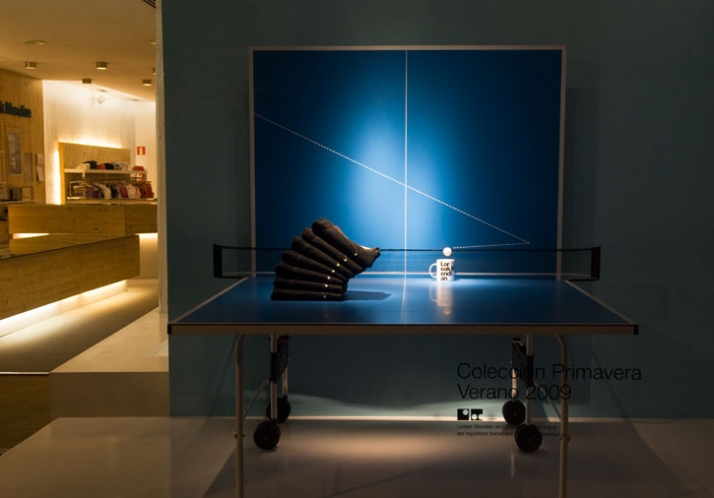 Ping-pong. A conceptual window display,  showing the company's denim jeans on a tennis table, for the Spring-Summer '09 collection of Loreak Mendian p