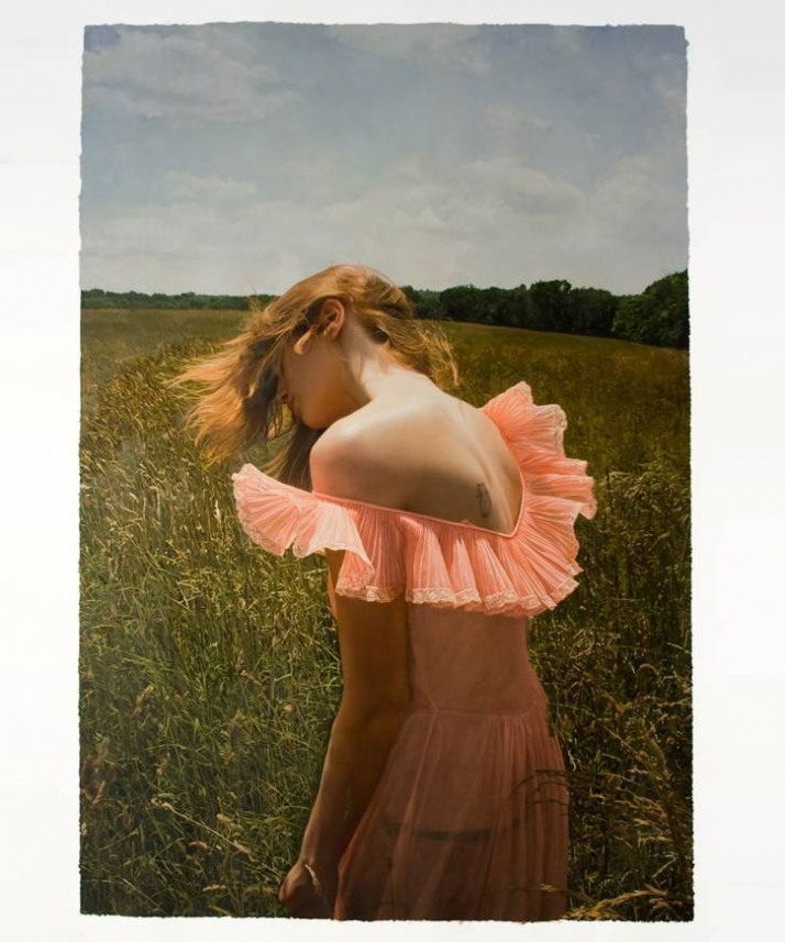 Yigal Ozeri Untitled; Jana in the field, 2009 Courtesy of Mike Weiss Gallery, New York
