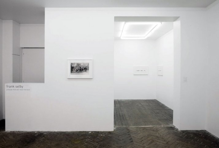 Installation view  // Courtesy of Gallery Jeanroch Dard, Paris