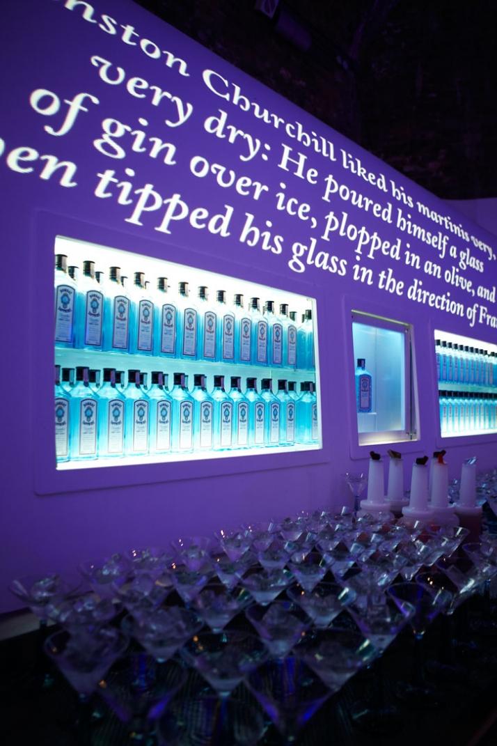Event bar, Bombay Sapphire Blue Room in Bankside, London, 23rd September 2009 Courtesy ofBombay Sapphire