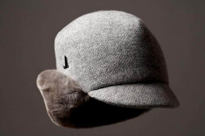 CASHMERE CAP // Cashmere & merino wool knit / rex rabbit fur // EUR 195