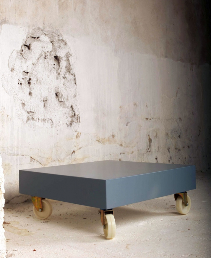 n'roll coffee table  // H28xL80xW80  material: mdf, lacquer paint photo by Michalis Andrianos