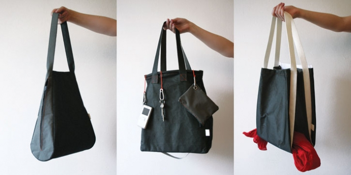 RUSH BAGS: 90°, 180°, 360° / 2009Materials: Nylon, coated cotton