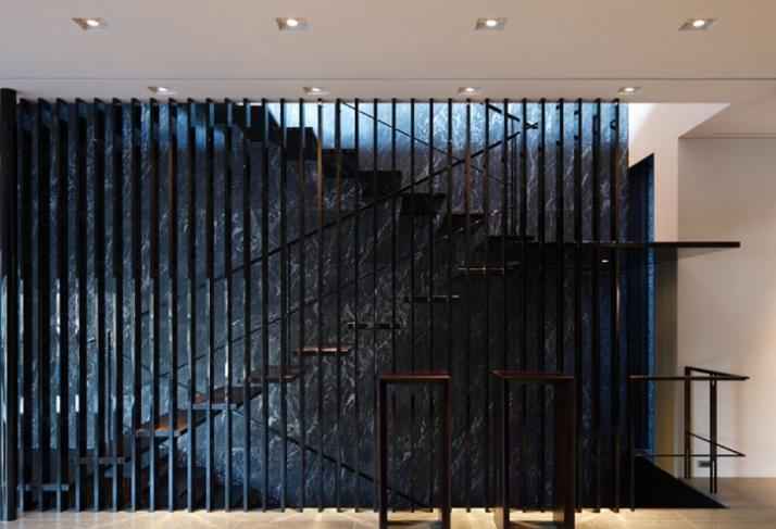 House on the Hill // Image Courtesy of Kidosaki Architects studio
