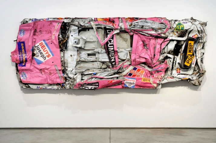 Pink Painting 1996-2009, Metal, paint, glass, plastic, 400 x 151 x 32 cm  //  photo © Paul Tucker 2009