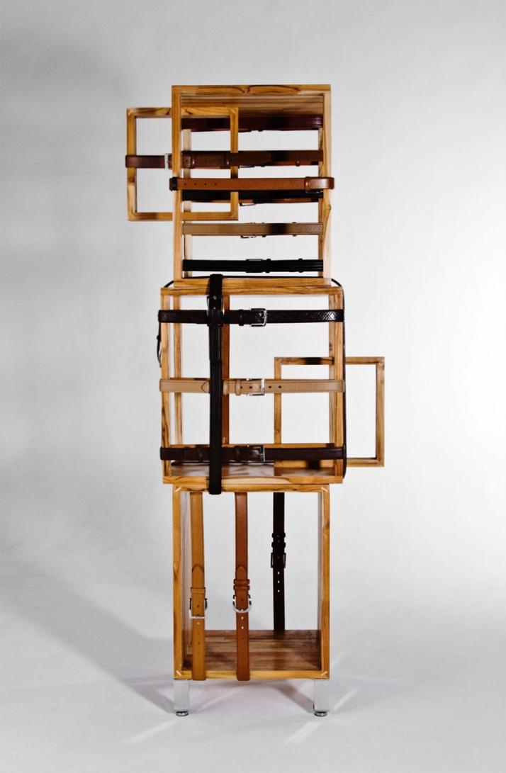cintura shelf, f2009, © Rodrigo Almeida