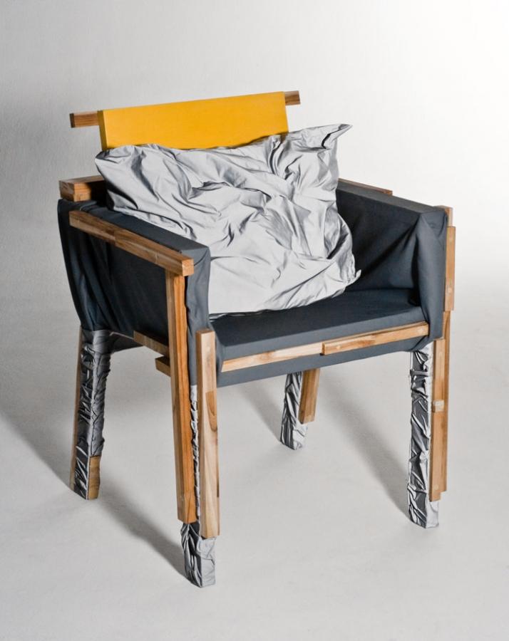 Ripa chair 2009, © Rodrigo Almeida