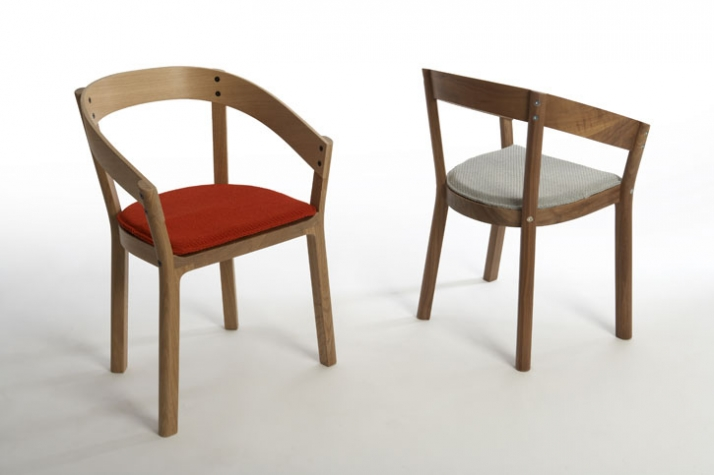 Oak/Walnut dining chair with or without arms h 780 x w 550 x d 450 mm manufactured by Ercol
