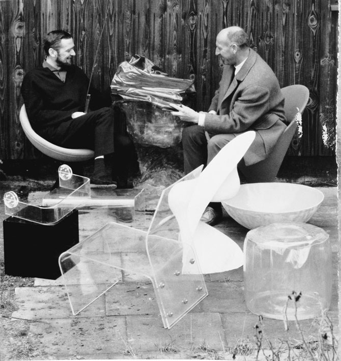 Verner Panton and Percy von Halling-Koch with the chair model at the Mobilia Club, c. 1961 photo © Panton Design, Basel Image Courtesy of Verner Panto