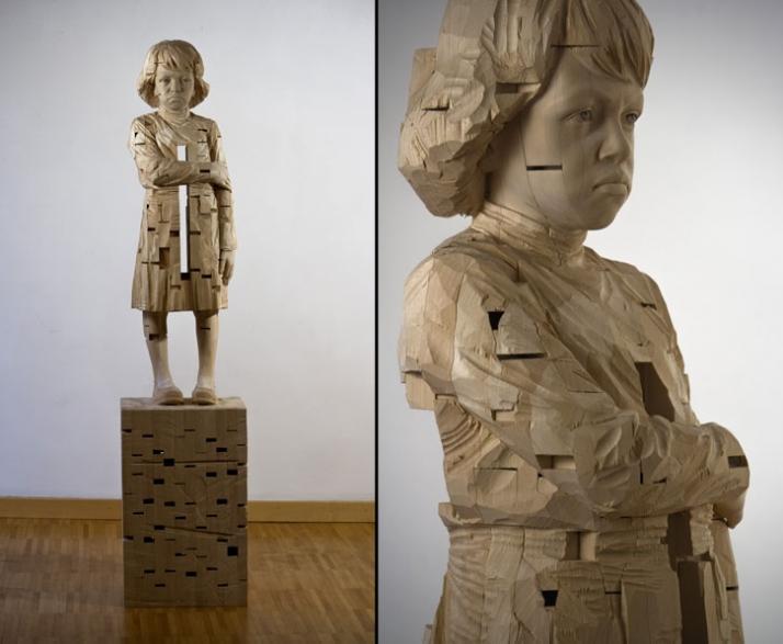 """Michelle"", © Gehard Demetz, 2009, wood, 172 x 37,5 x 31 cm Courtesy Galleria Rubin, Milano Photo by Alice A. Bosoni"