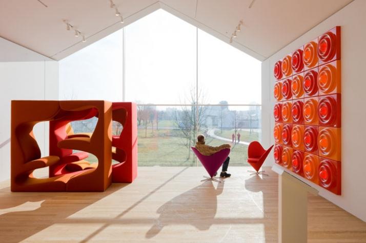 vitrahaus by herzog de meuron yatzer. Black Bedroom Furniture Sets. Home Design Ideas