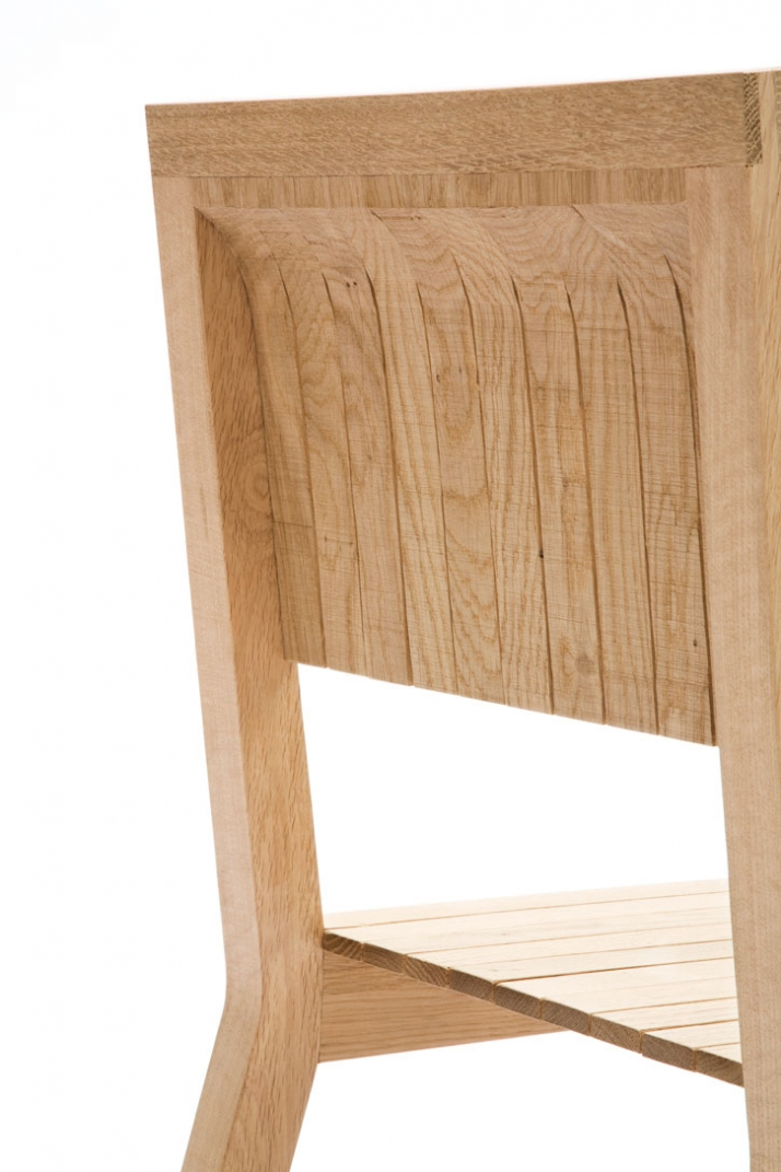 Resilient chair (detail) // photo © Ricki van der Tas