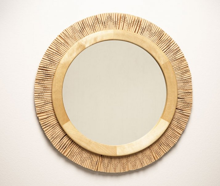 Gloria Mirror Birch, naturally tanned reindeer leather. Ø 45 cm