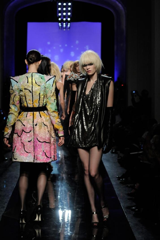 Jean Paul Gaultier Haute Couture // A/W 2009-10 photo © Yannis Vlamos, Pixelformula.com