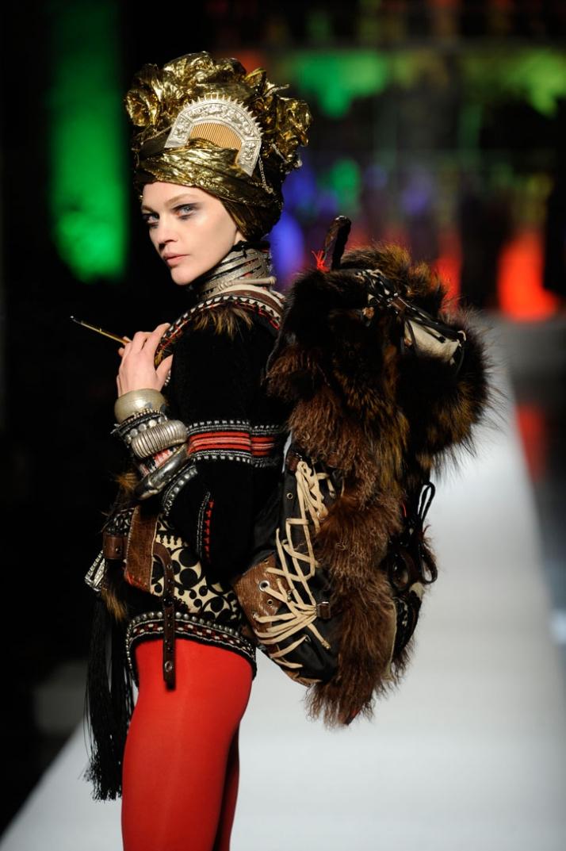 Jean Paul Gaultier WOMEN // A/W 2010-11 photo © Yannis Vlamos, Pixelformula.com