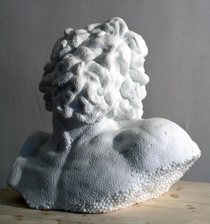 Foam Laocoonte, 2008, marble, 53 x 53 x 43 cm Courtesy of Galleria Rubin (c) Affiliati Peducci/Savini, photo by Martino Gerosa