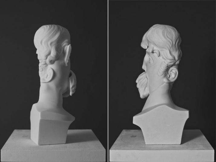 Carlaz, 2009, marble, 44 x 20 x 14 cm Courtesy of Galleria Rubin (c) Affiliati Peducci/Savini, photo by Martino Gerosa