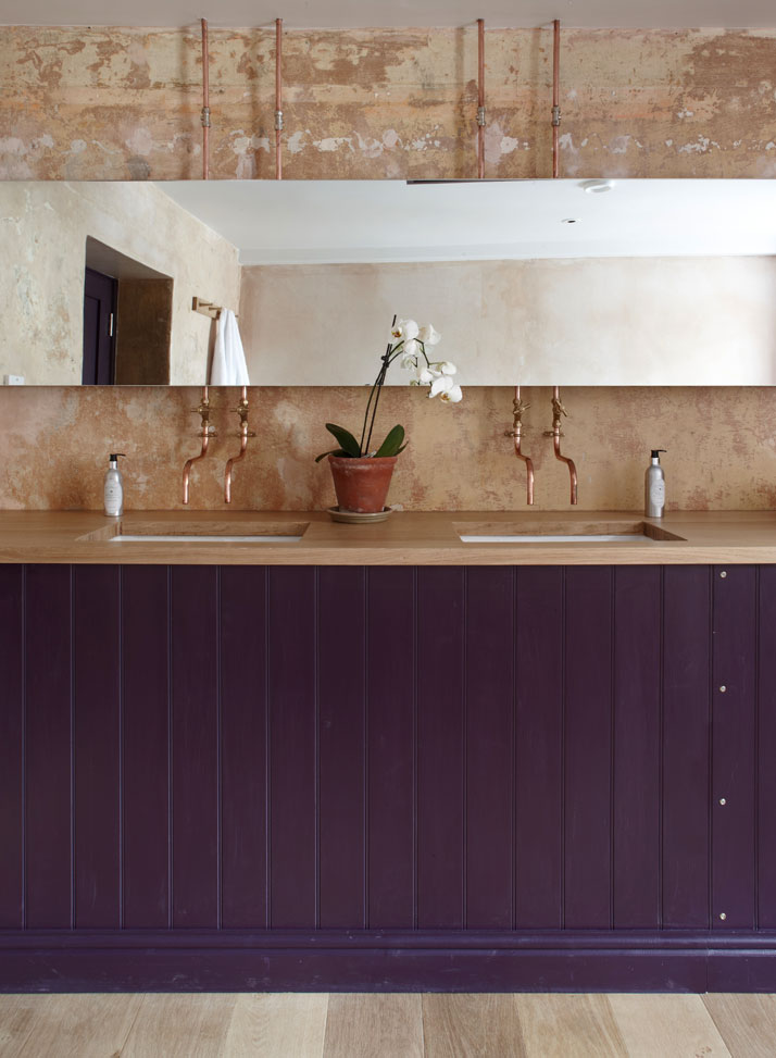 The En-suite Bathroom, photo by Iain Kemp