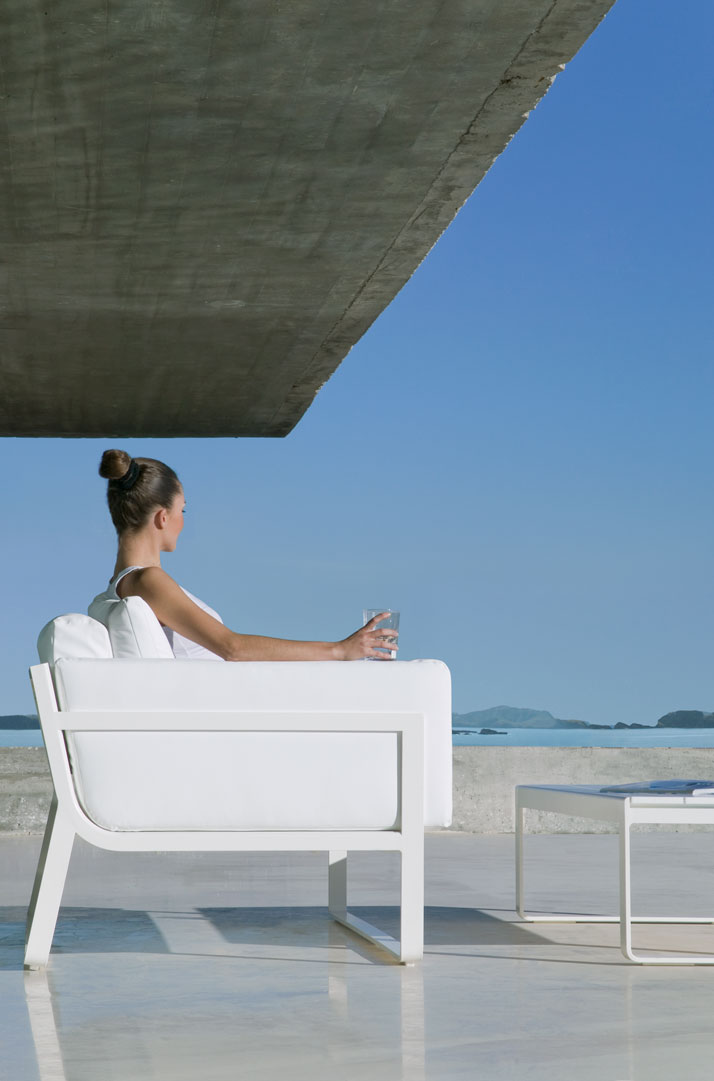 from FLAT series of outdoor furniture by Gandiablasco
