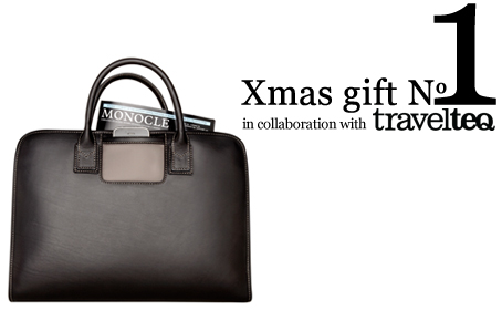 Xmas gift N°1 //  ONE TrashOriginal by TravelteQ to be won