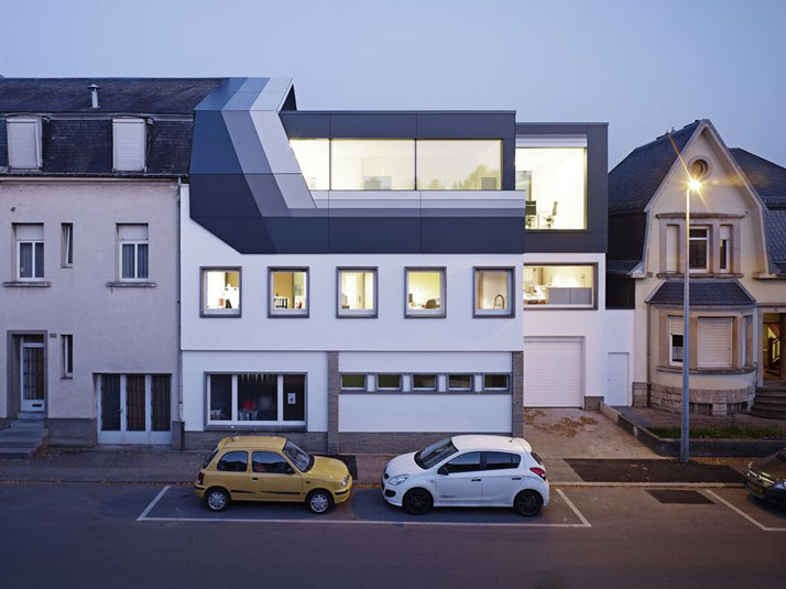 Image Courtesy of  dagli + atélier d'architecture, photo by Jörg Hempel Photodesign