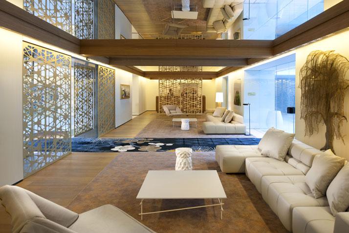 Lobby Image Courtesy of Mandarin Oriental Hotel Group photo © George Apostolidis