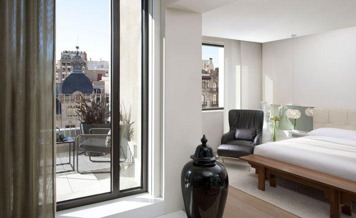 Barcelona suite Image Courtesy of Mandarin Oriental Hotel Group photo © George Apostolidis