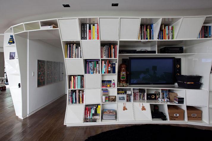 Houssein jarouche s apartment by triptyque yatzer - Idee decoration petit appartement ...