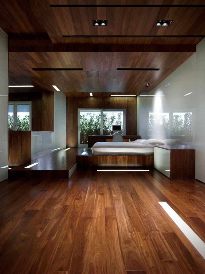 Photo vangelis paterakis for Hom flooring