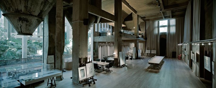 A former cement factory is now the workspace and residence - Despachos arquitectura barcelona ...