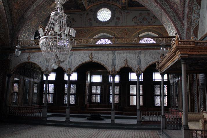 into the magic world of Topcapi Palace,Marmara, Istanbul.  photo © Costas Voyatzis for Yatzer.com
