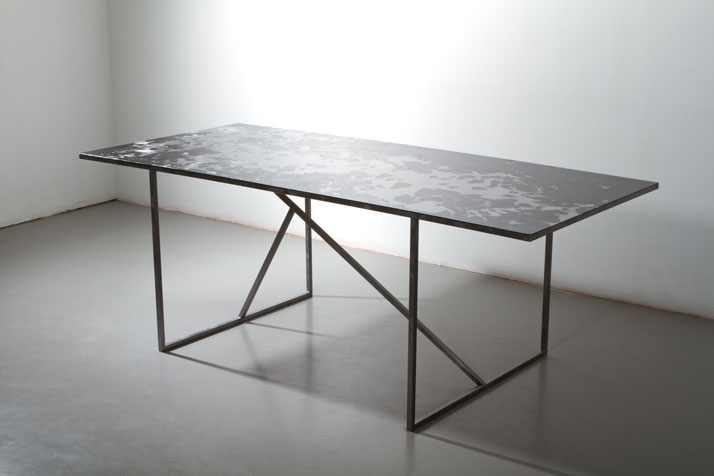 Table by Nathalie Adenling The matter of wear and tear Measurements // l 2000 × w 900 × h 730 mm photo © Beckmans College of Design