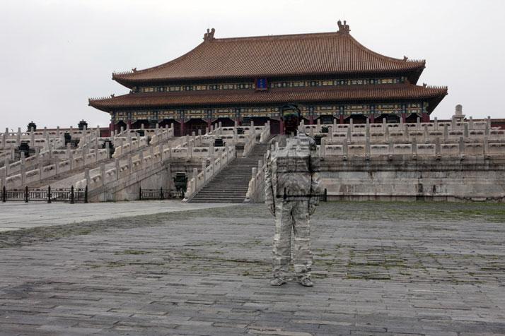 Hiding in the City No. 89- Forbidden City, 2010, © Liu BolinCourtesy of Eli Klein Fine Art Gallery